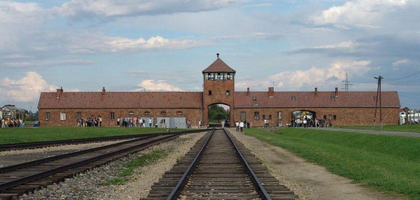 auschwitz-toplama-kampı